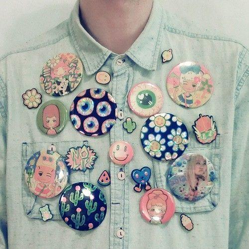 pin's shirt