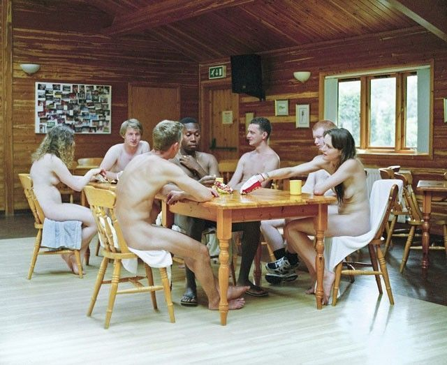 Les jeunes naturistes anglais vice