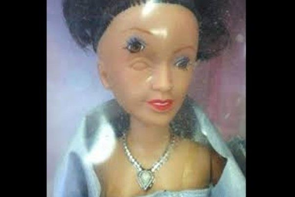 barbie troisième oeil