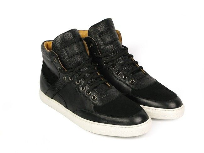 craie-chaussures-noires