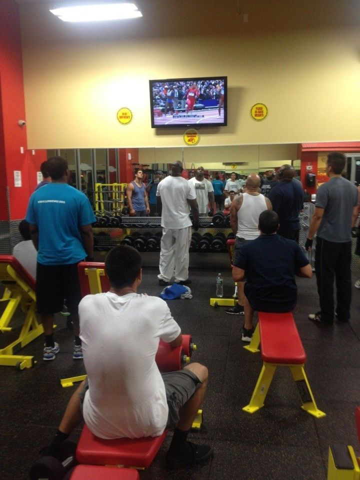 sport-salle-gym-télé