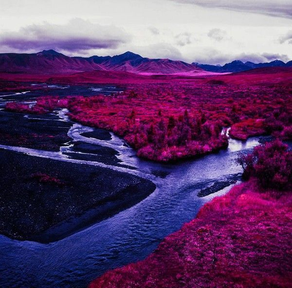 Arctic-Landscape-Transformed-into-Infrared-Paradise-05
