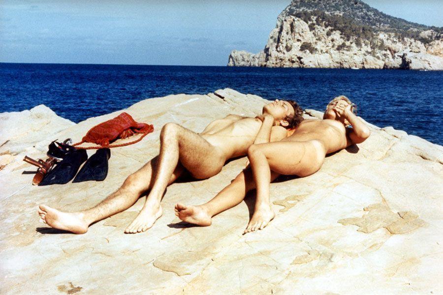 nudistes