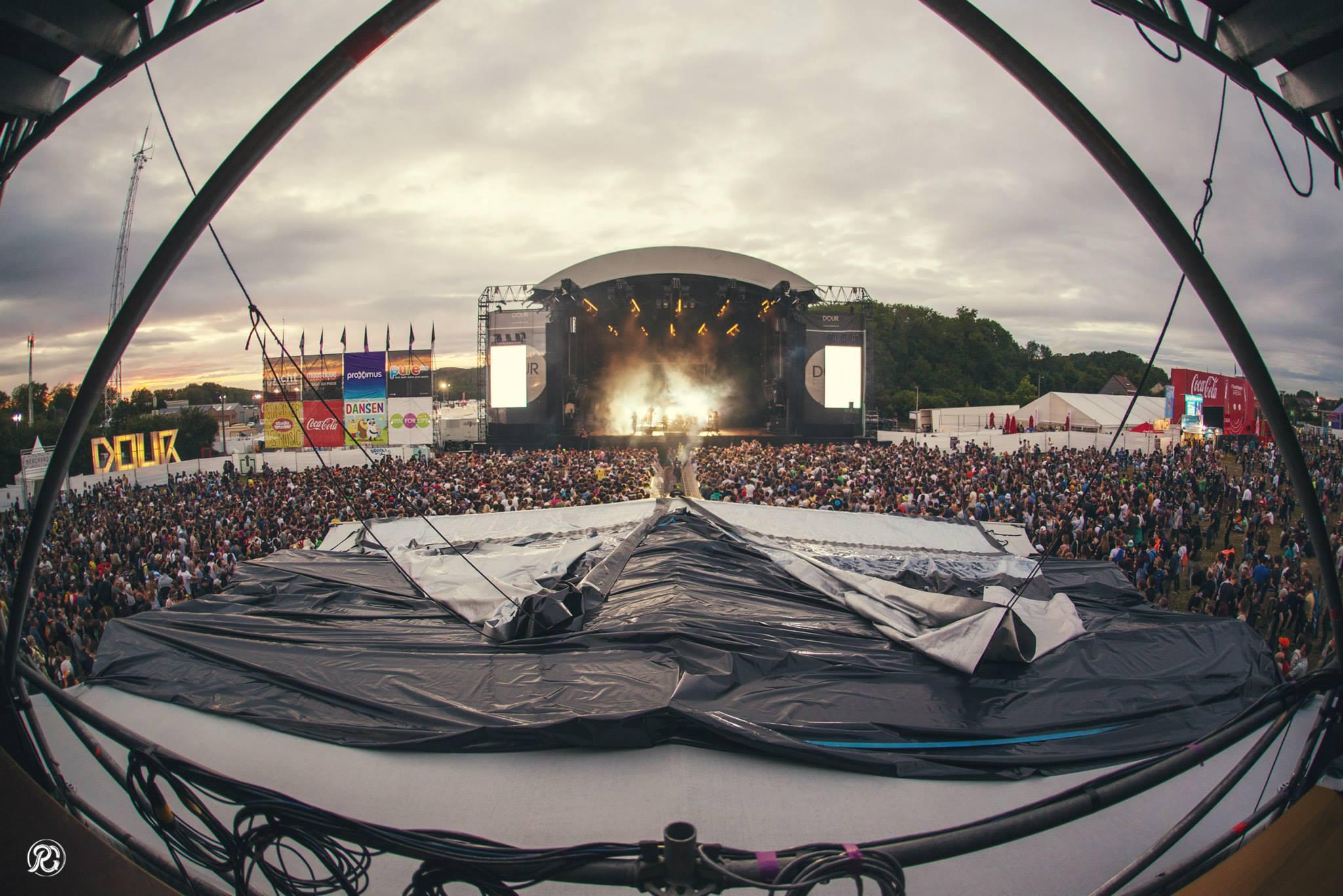 Dour Festival 2015 - Remy Gollineli & Beware Magazine