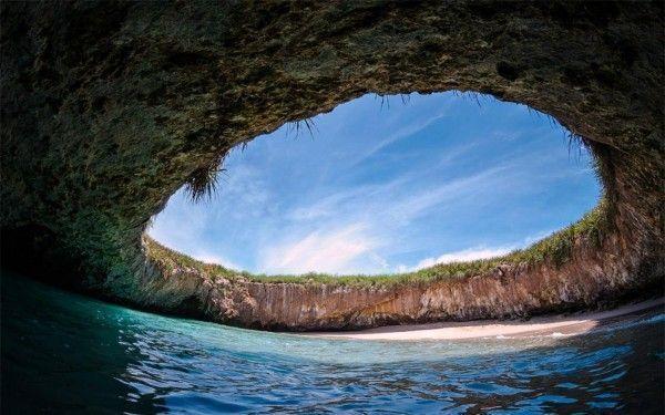 hidden-beach-puetro-vallarta-1