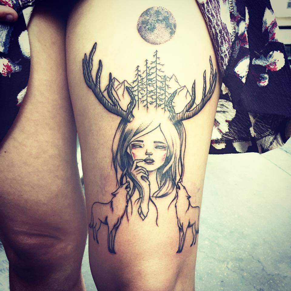 femme tatouage
