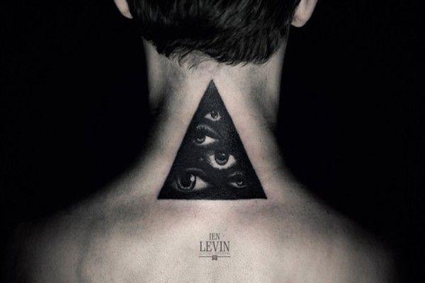 tatoueur Ien Levin