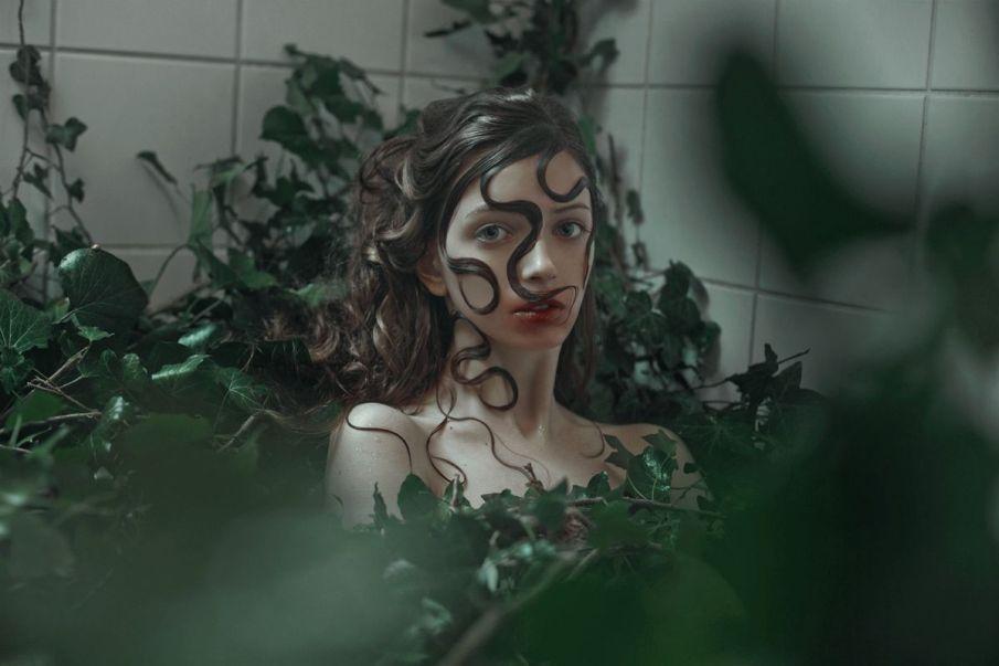 Marta-Bevacqua-Edyta-@-Crystal-Model-Management-h-Sadek-L.-Hair-mua-Meyloo-Bagency-ast-Vincenzo-Patruno-Botanica-Ivy