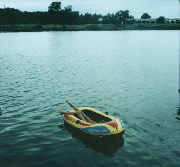 1768242-bateau-pneumatique