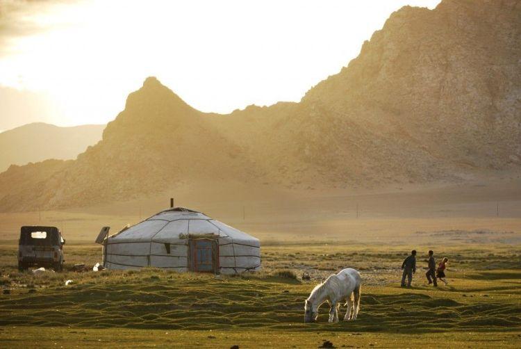 Mongolie_AMONGT129_STAN-FAUTRE-1024x685
