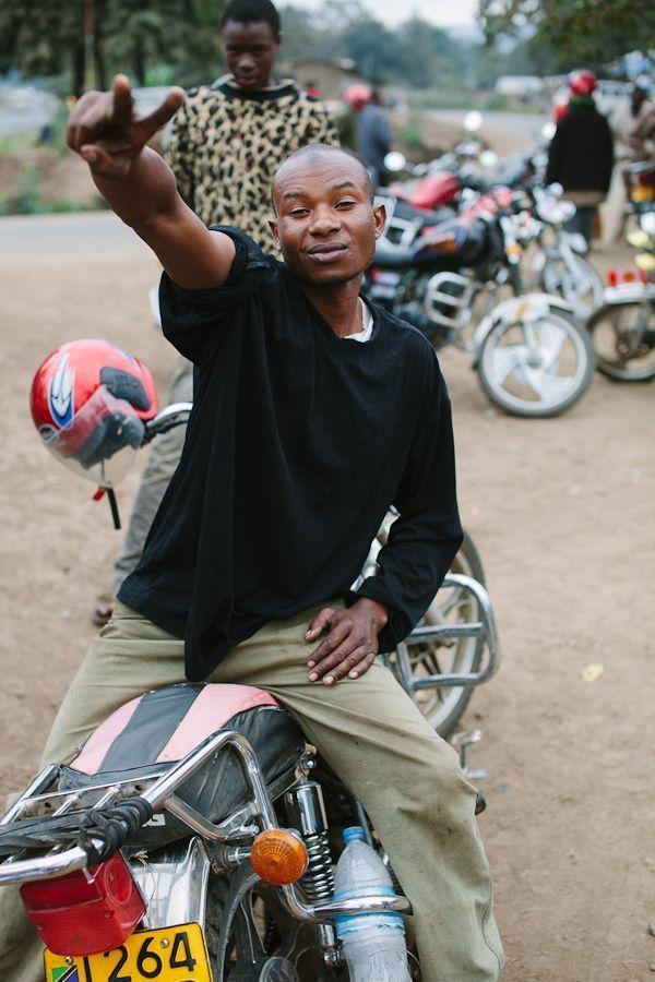 kit-oates_Tanzanian-Bikers-9