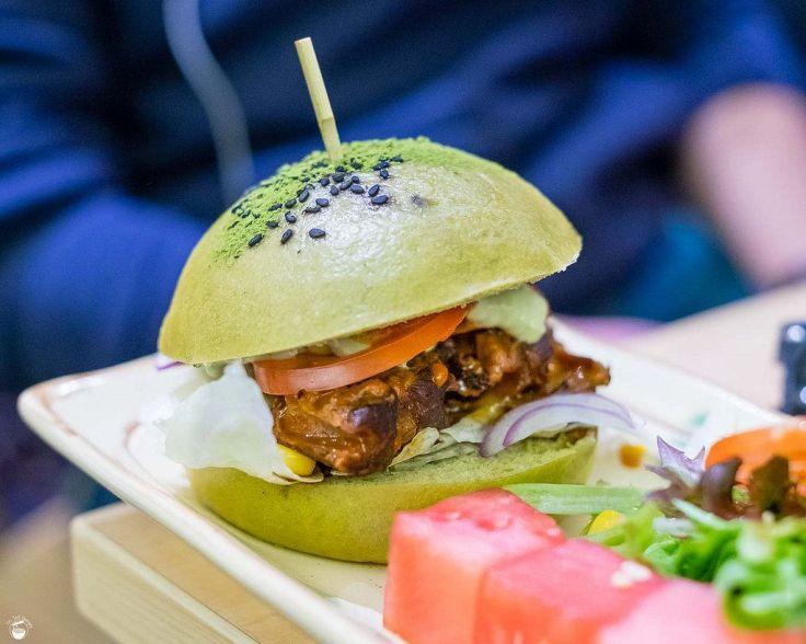 burger matcha