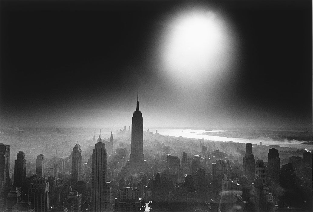 William-Klein-New-York-Atom-Bomb-Sky-tirage-photo
