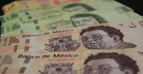 Dólar se vende en $19.20; peso cae tras 4 alzas consecutivas