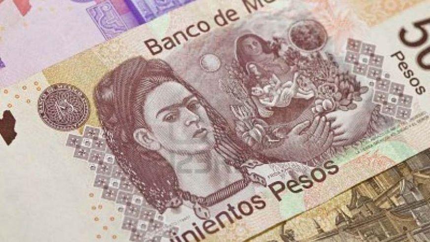 Durante la sesión, se espera que el tipo de cambio cotice entre 19.20 y 19.35 pesos por dólar.