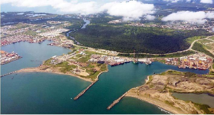 La construcción de la refinería Dos Bocas inició el 1 de junio de 2019, con la previsión gubernamental de concluirla en un plazo de tres años.