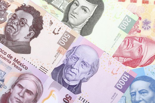 The peso closed the session with a depreciation of 0.42% or 8.8 cents, trading around 21.23 pesos per dollar, touching a maximum of 21.2952 pesos and ranking as the most depreciated currency in the wide basket of main crosses against the dollar.