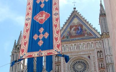 Solenne Celebrazione del Corpus Domini, Benedizione Eucaristica in Piazza Duomo