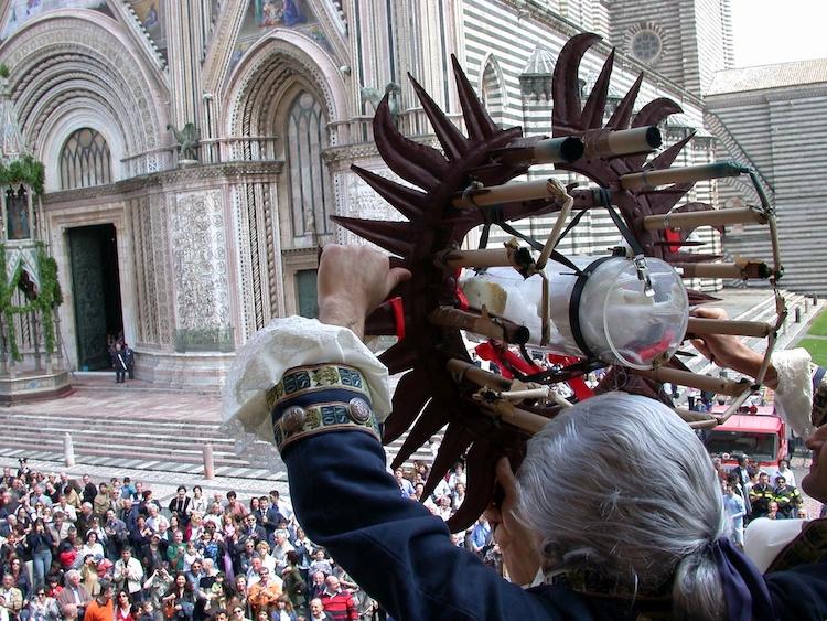 Eventi e simboli della tradizione di Orvieto per la ripartenza