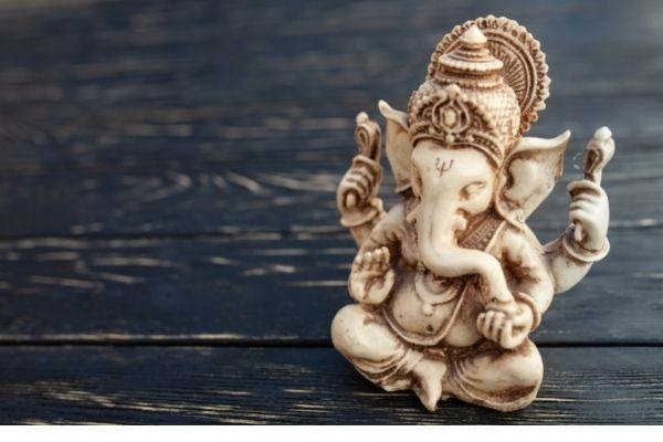 God Ganesha Statuary Positioning Tips