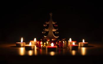 Bring up the lights with Diwali gifts!