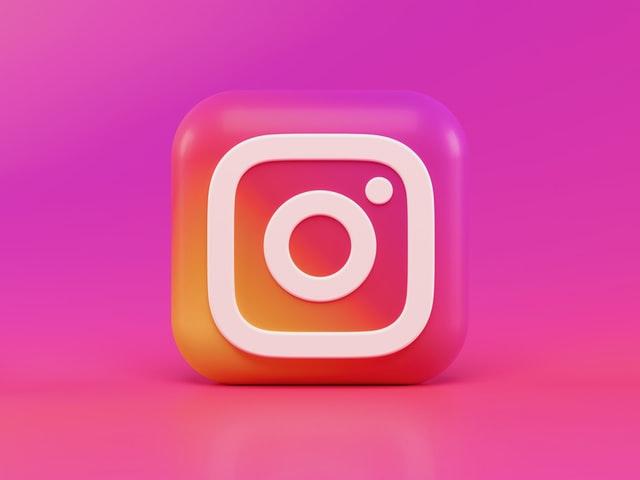 How to Start Making Money Through Instagram