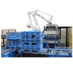 Polycarbon Carboy Pallet Breaks and Palletizing Robot