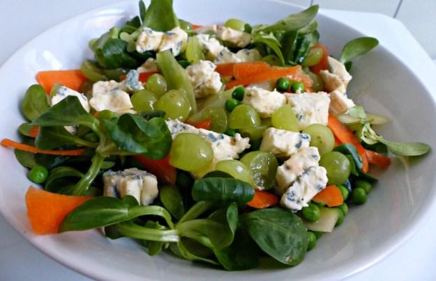 Salade blauwe kaas druiven