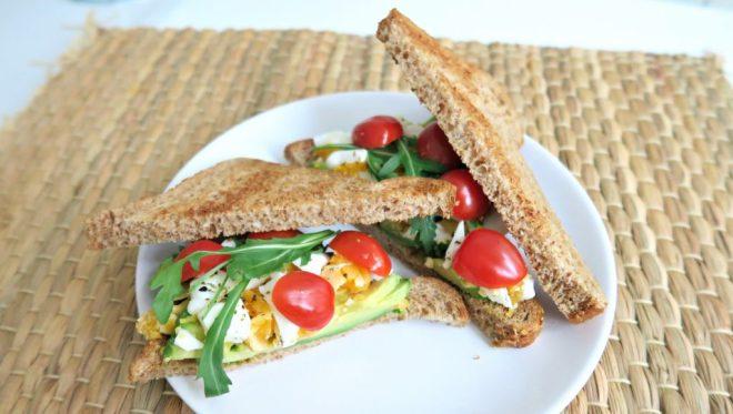 Sandwich ei en avocado
