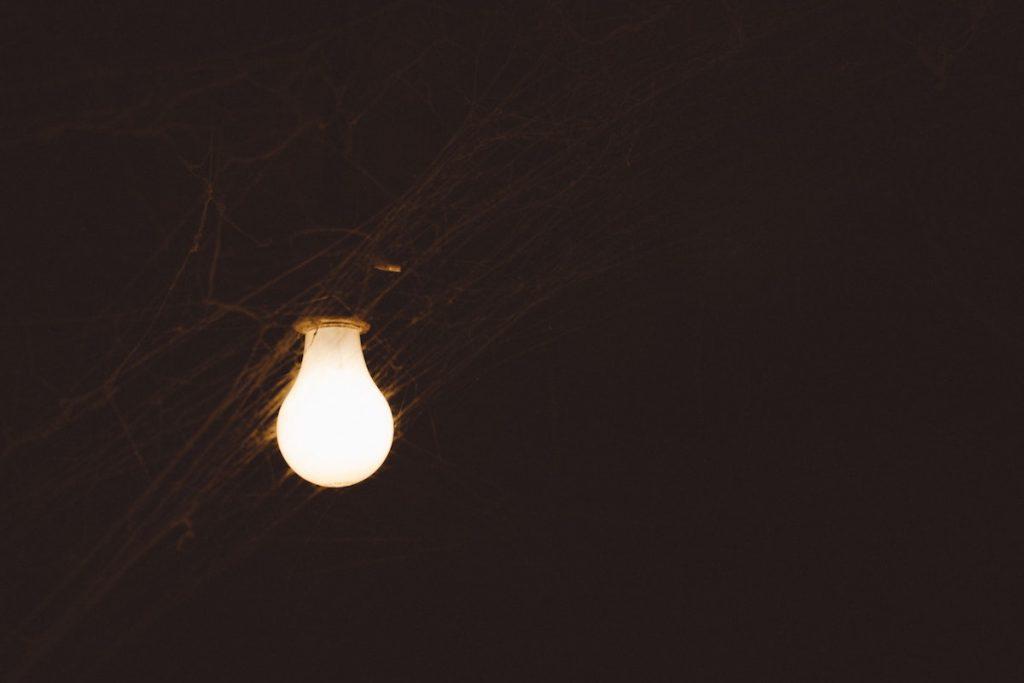 Ausgezeichnet Glühbirne Schematisch Bilder - Die Besten Elektrischen ...