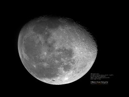 月亮 ( 馬賽克疊合 )