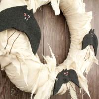 Halloween Wreath: Bat Front Door Decoration ...
