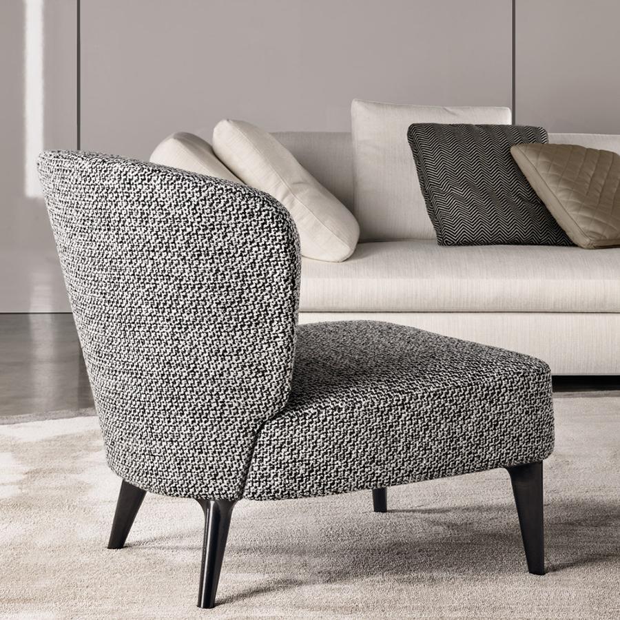 minotti aston lounge chair orange skin
