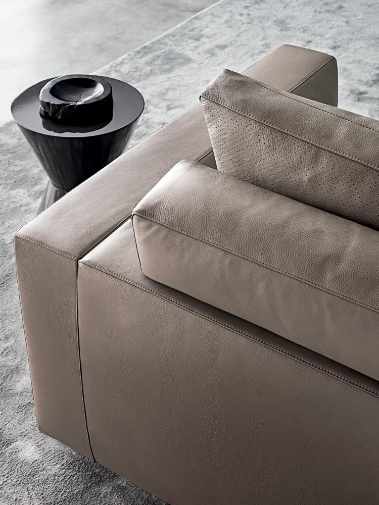 sofa feet covers franklin andersen line | designed by rodolfo dordoni, minotti ...