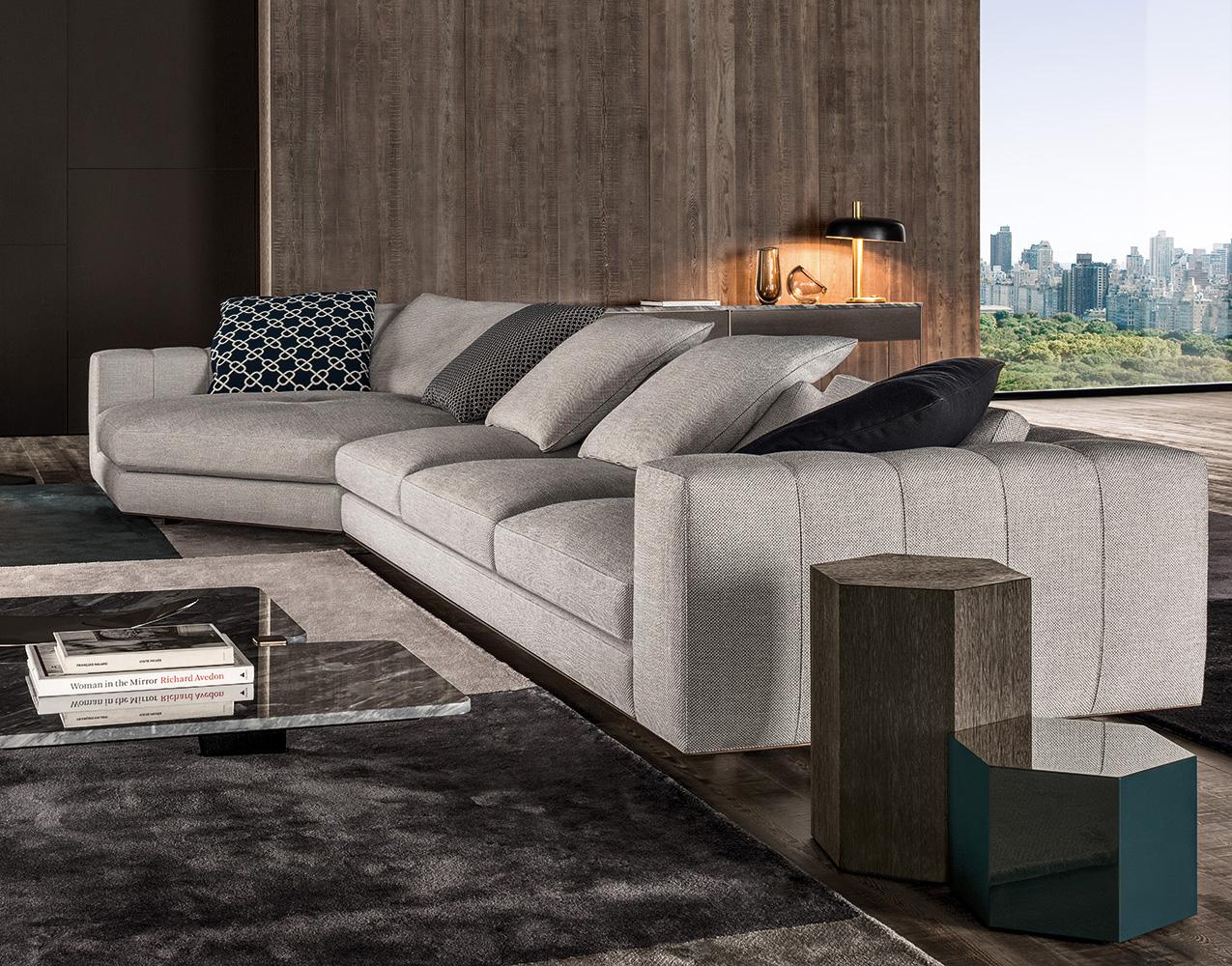 Freeman Duvet  Designed by Rodolfo Dordini Minotti