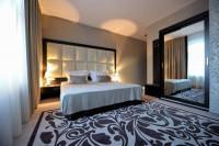 Отель Queen Boutique Hotel