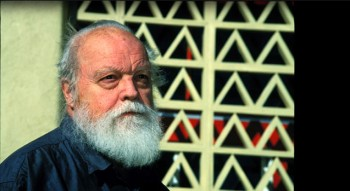 Lou Harrison at his strawbale house in California. Photo: Eva Soltes
