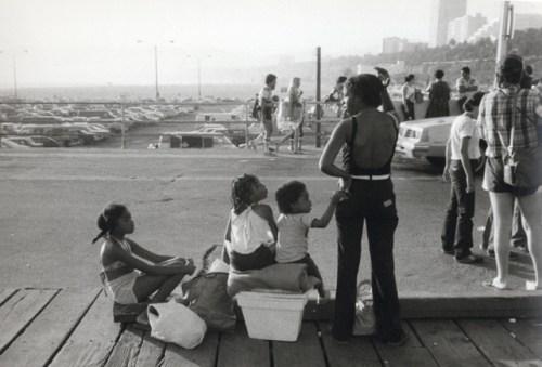 "Carrie Mae Weems, ""Boardwalk Santa Monica, Mother With Children""/Portland Art Museum"