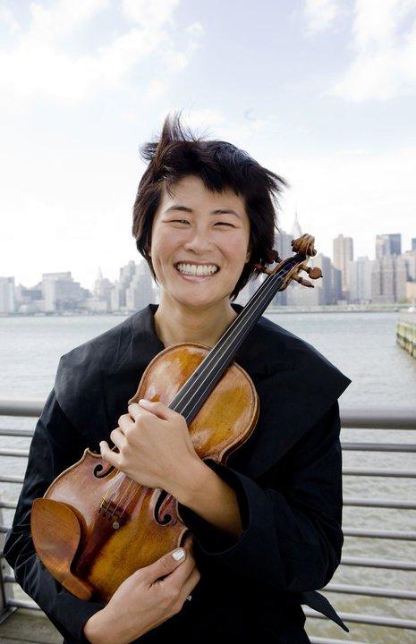 Violinist Jennifer Koh performs with the Oregon Symphony. Photo by Fran Kaufman