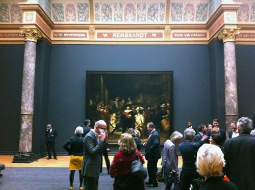 The watchers and the Watchmen: Rembrandt and the opening crowd. Photo: Henk Pander