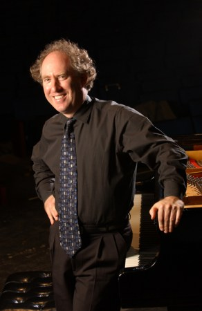 Jeffrey Kahane performs at Chamber Music Northwest Thursday and Saturday.