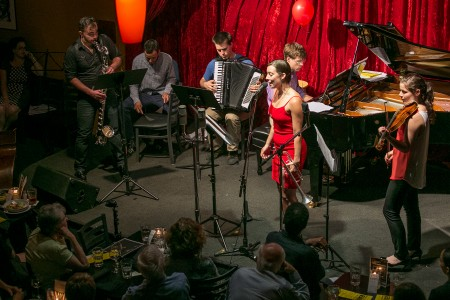 Chamber Music Northwest Protégé Project musicians performed at Portland's Jimmy Mak's Jazz Lounge. Photo: Tom Emerson.