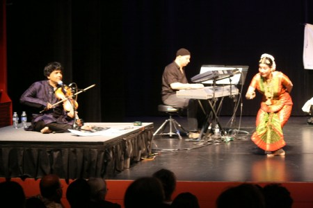 Jayanthi Raman dances with keyboardist Osam Ezzeldin and violinist Vidwan Ganesh Rajagopalan/Courtesy Rasika