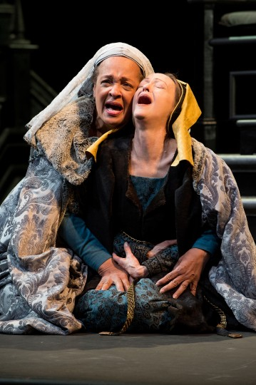 Franchelle Stewart Dorn and Judith-Marie Bergan lament their losses in RICHARD III at OSF/Jenny Graham