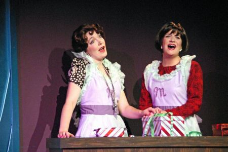 Kohl and Rutledge: let's sing about men. Photo courtesy Lakewood Theatre