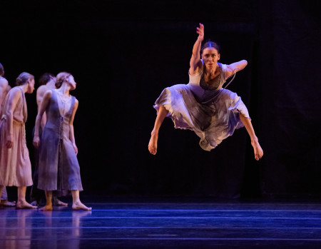 "Sarah Griffin leaps high in Nacho Duato's ""Rassemblement."" Photo: Blaine Truitt Covert"