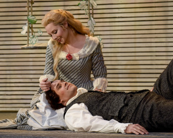 Anne Truelove  (Maureen McKay) and Tom Rakewell. Photo: Karen Almond.