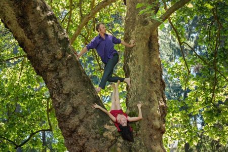 "Jesse Berdine and Estelle Olivares in ""Forest"" by Heidi Duckler Dance Theatre/Northwest. Photo by Nick Shepard"