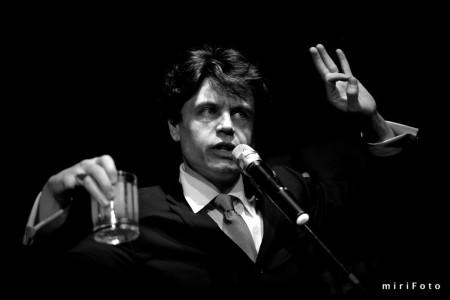 Leo Daedalus: who's your Dada? / miriFoto