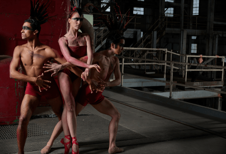 Three dancers become a single Firebird. Photo courtesy of Eugene Ballet.